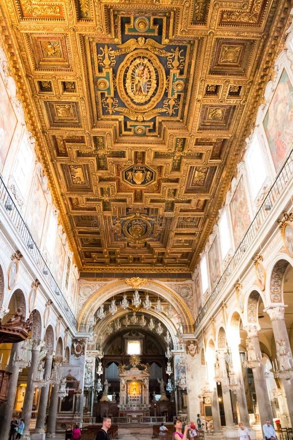 Di Santa Maria da basílica no coeli Roma Itália das aros foto de stock