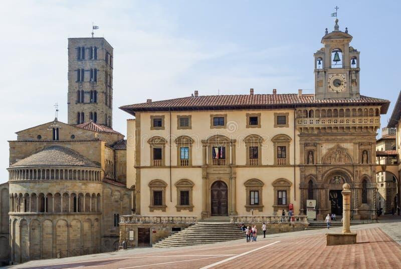 Di Santa Maria de Pieve et palais de Fraternita - Arezzo photographie stock