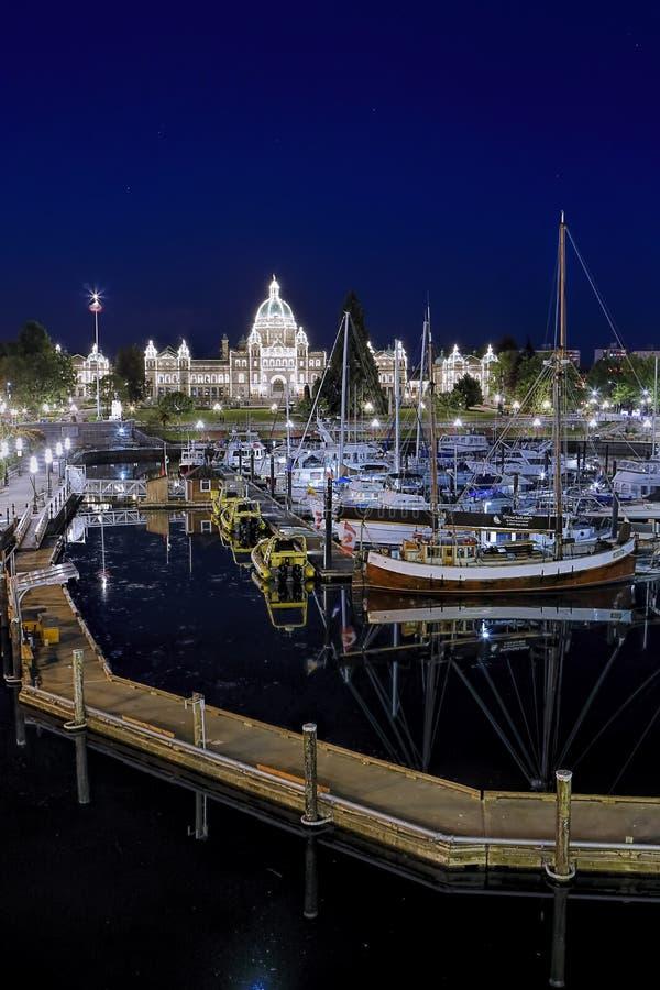Di Victoria porto interno BC alla notte fotografie stock libere da diritti