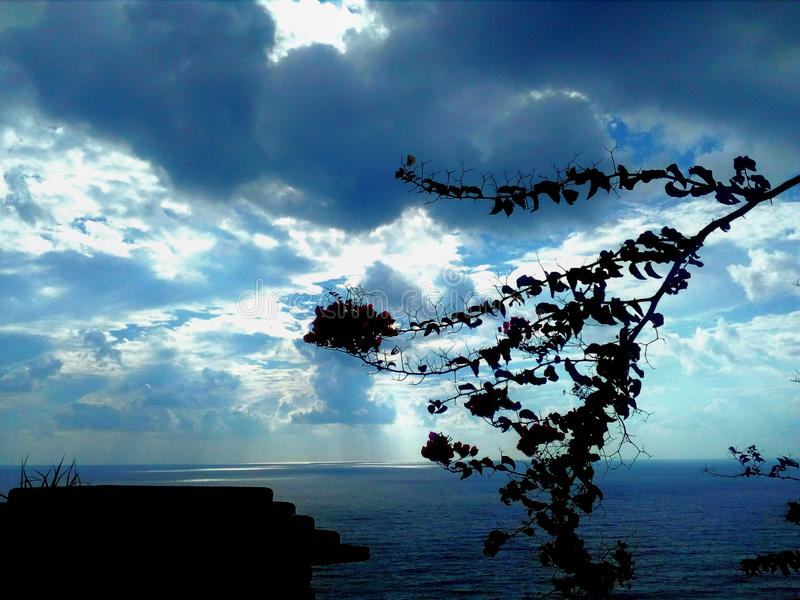 Dia agradável do outono no mar fotos de stock royalty free