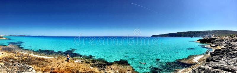 Dia bonito de Sunny Beach na Espanha de Formentera foto de stock