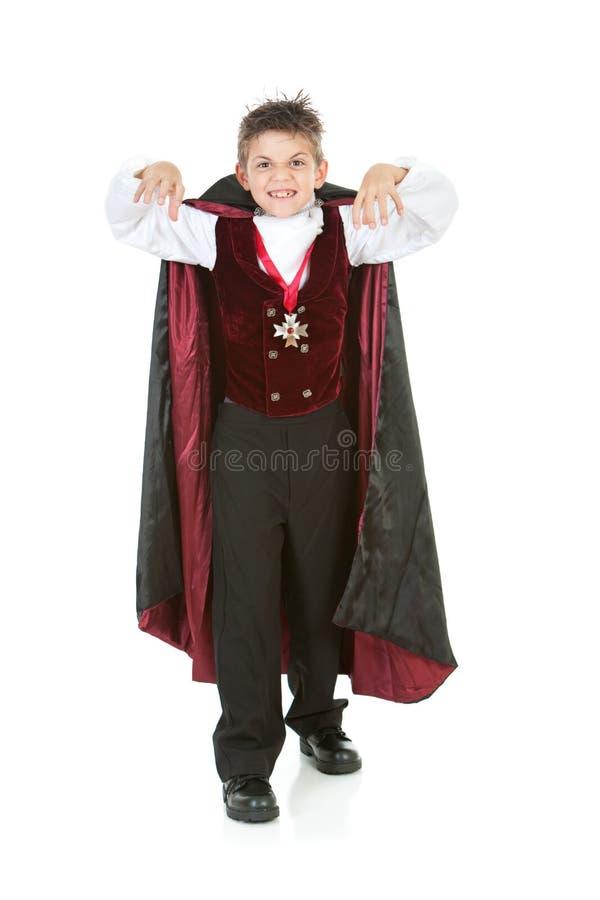 Dia das Bruxas: Menino assustador do vampiro imagens de stock