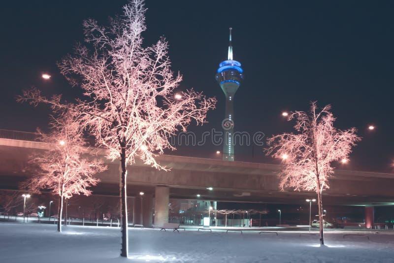 Dia de invernos em dusseldorf imagem de stock