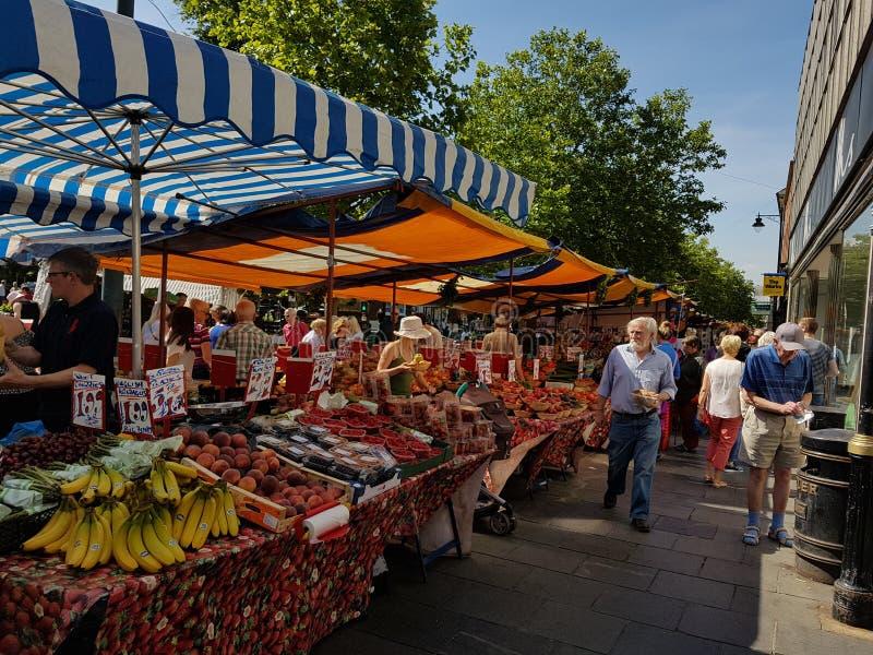Dia de mercado em St Albans fotografia de stock