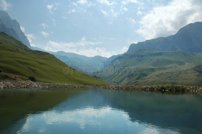 Dia de verão nas montanhas - Suvar, Azerbaijan imagens de stock