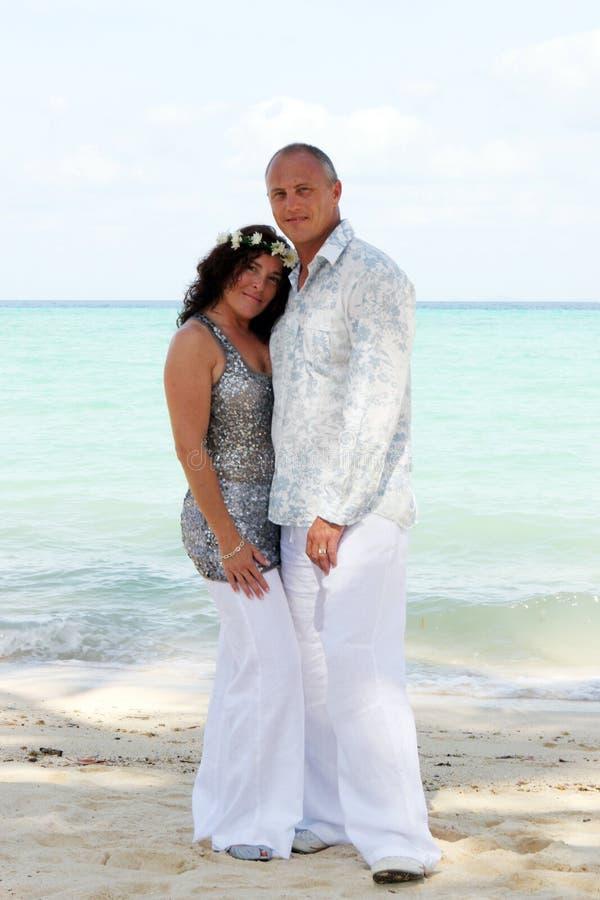 Dia do casamento na praia imagem de stock royalty free