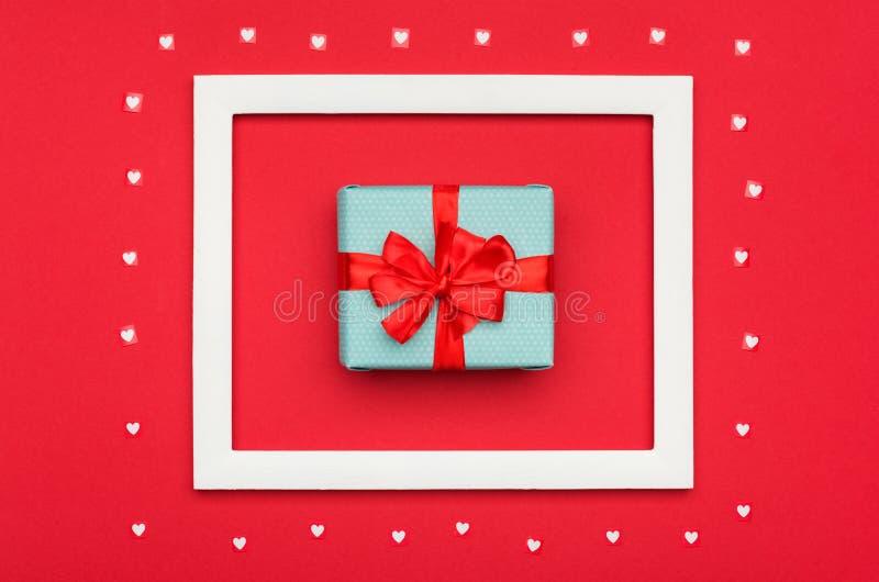 Dia do ` s do dia, das mulheres do ` feliz s do dia, da mãe do ` s do Valentim ou fundo do aniversário Configuração lisa com pres foto de stock