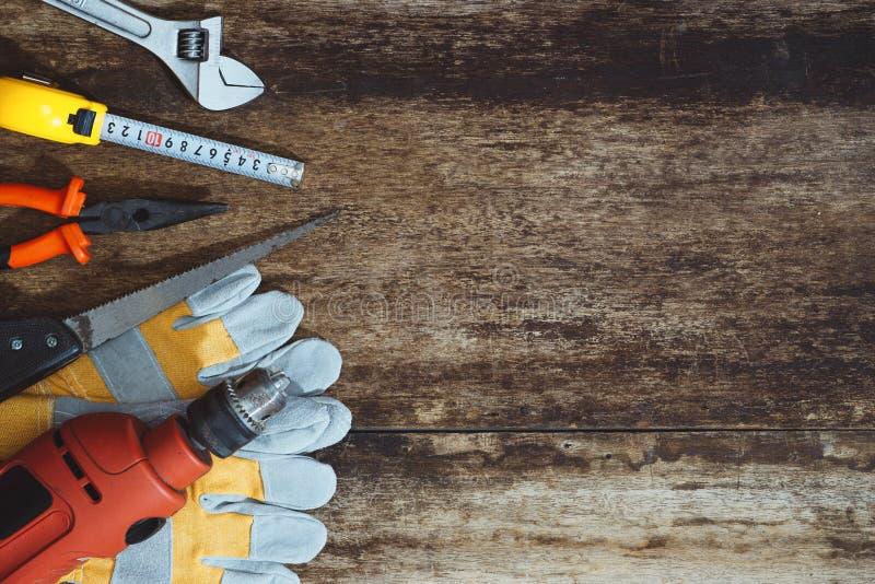 Dia do Trabalhador Ferramentas da construção com espaço da cópia imagem de stock