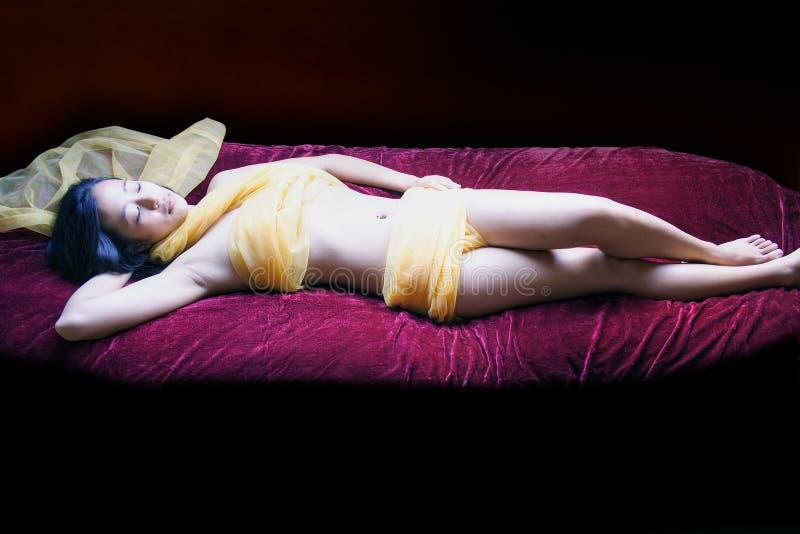 Dia do Valentim 'sexy' do tratamento dos termas do envoltório do corpo fotos de stock royalty free