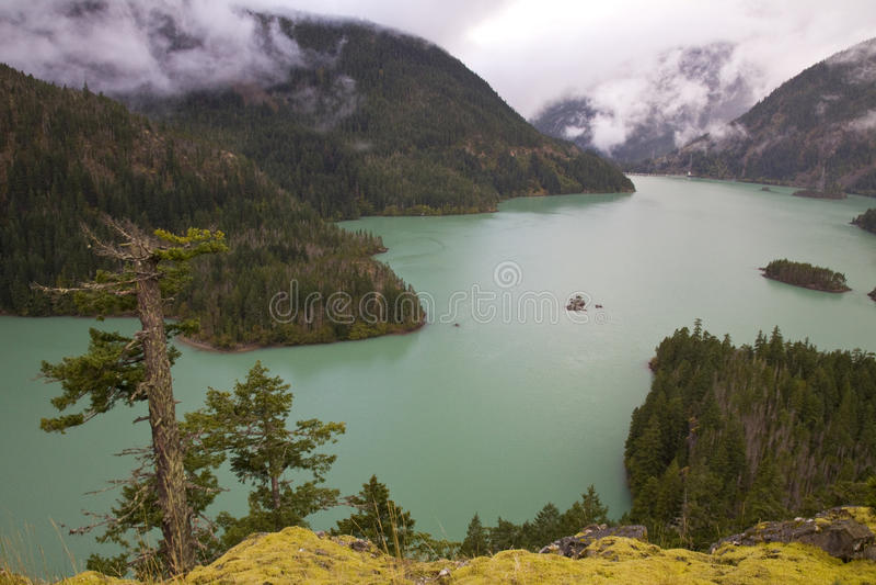 Diablo Lake nas cascatas nortes, Washington State fotografia de stock royalty free