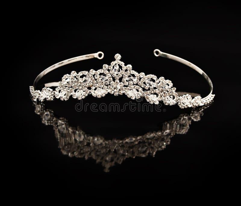 Diadem do diamante em um fundo preto fotografia de stock royalty free