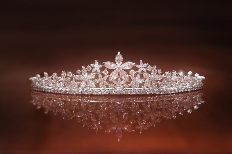Diadema do casamento, coroa para a princesa Joia, riqueza imagem de stock royalty free