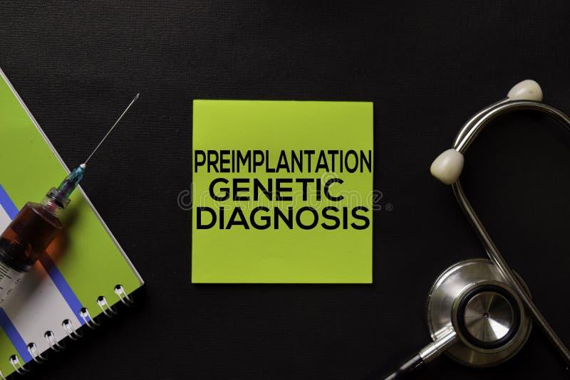 Diagnóstico genético de Preimplantation na tabela do preto da vista superior com amostra de sangue e cuidados médicos/conceito mé foto de stock royalty free