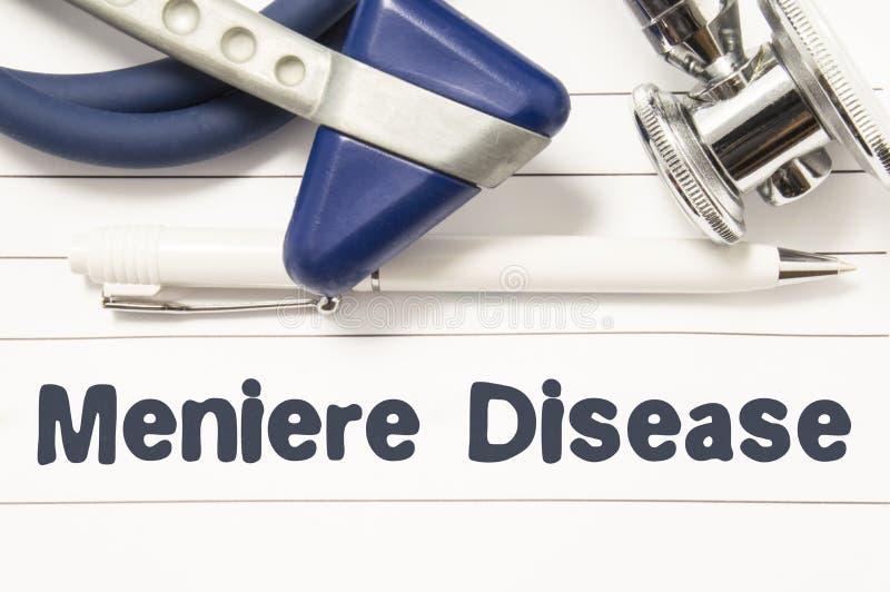 Diagnos av closeupen för Meniere sjukdom Medicinsk bokhandbok för doktorsneurolog med överskrifttext av Meniere för oordning för  arkivfoton