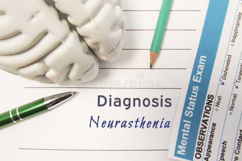 Diagnose Neurasthenia Het cijfer van menselijke hersenen, resultaat van geestelijk statusexamen omringde geschreven psychiatrisch stock fotografie