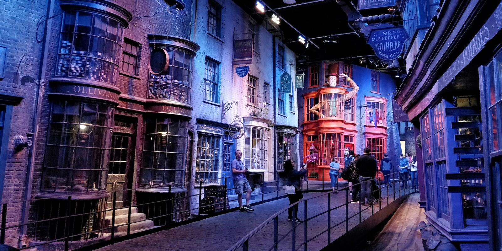 Diagon Alley bei Warner Studio lizenzfreie stockbilder