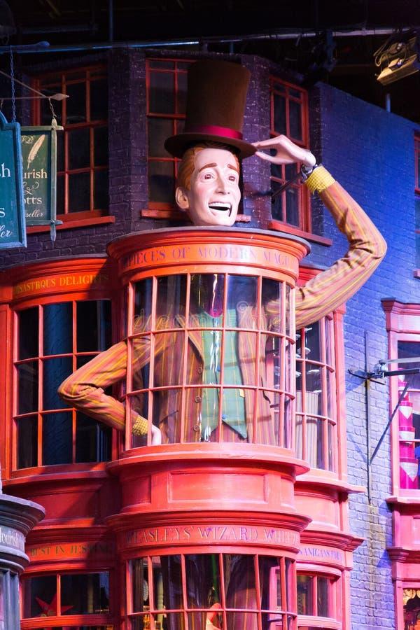 Diagon Alley filmuje set przy Warner studiiem robić Harry Poter w Londyn, UK zdjęcia royalty free