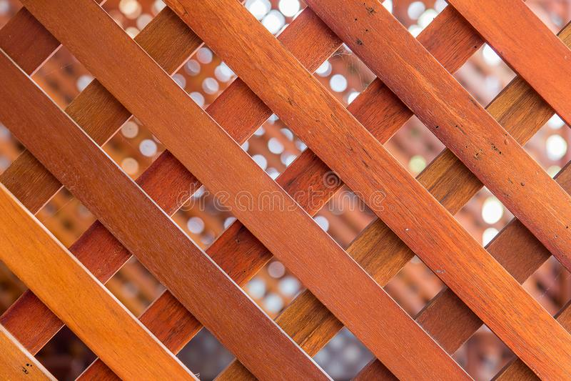 Diagonal linje av plankor i barriären royaltyfri fotografi