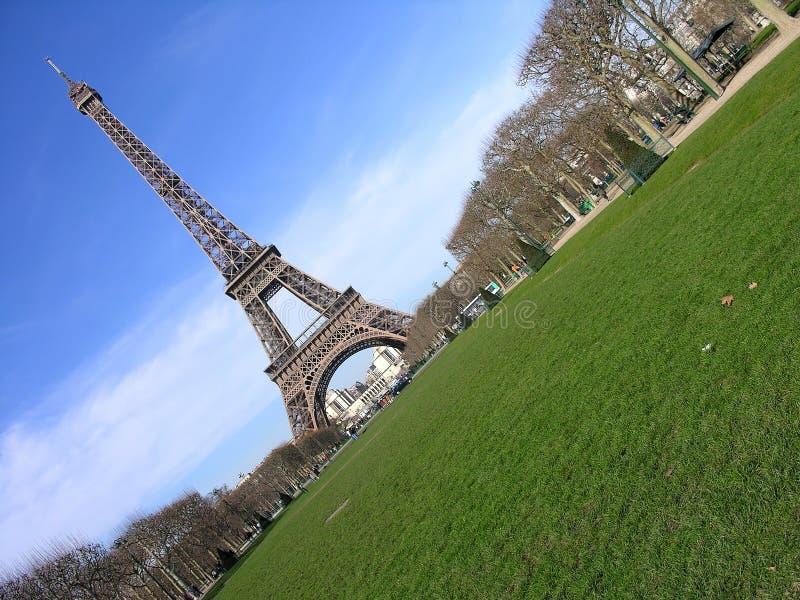 diagonalt eiffel france paris torn royaltyfria bilder
