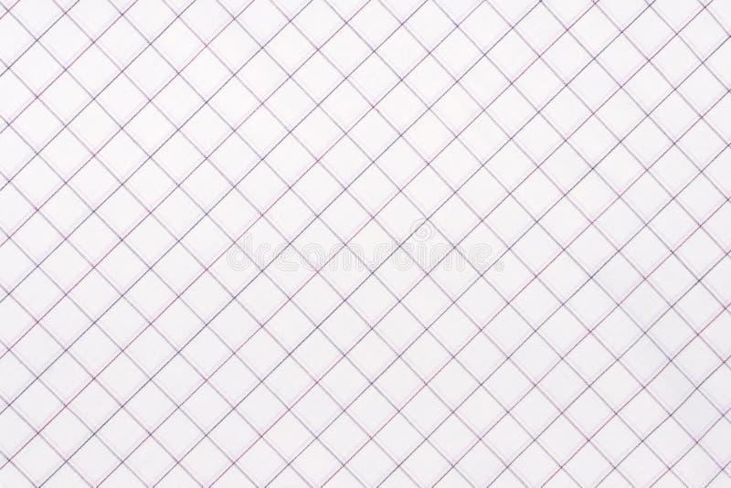 Diagonalt rutigt tyg Vitt och ljust - blå rutig tygcloseup, bordduktextur royaltyfri bild