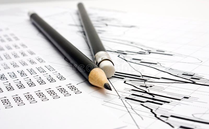 Diagramm und Bleistift zwei stockbilder