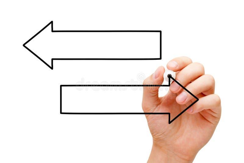 Diagramma di frecce in bianco del disegno due della mano illustrazione di stock