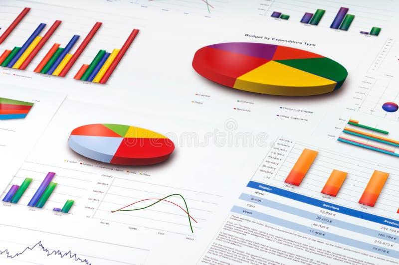Diagramme und Torte, Zeile und Balkendiagramme berichten lizenzfreies stockbild