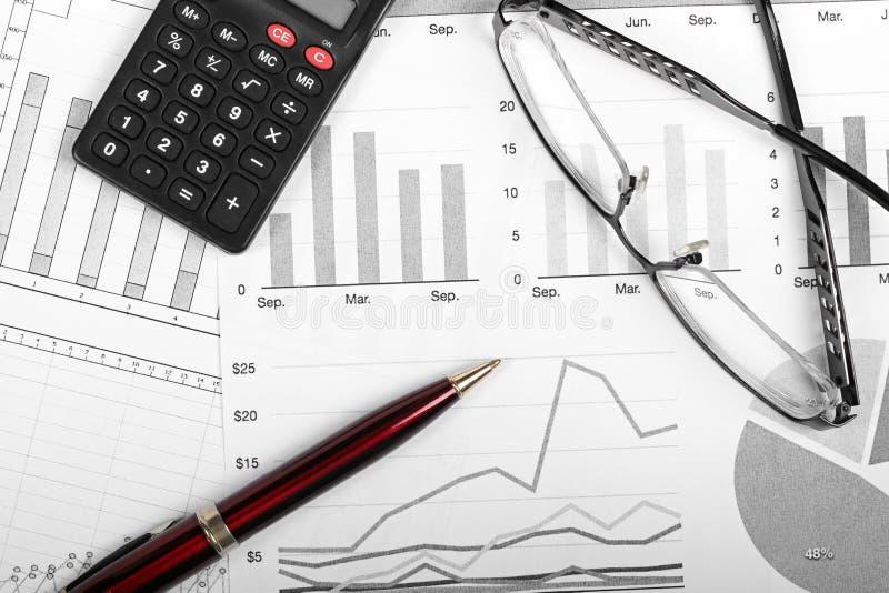 Diagrammes de finances d'affaires photographie stock