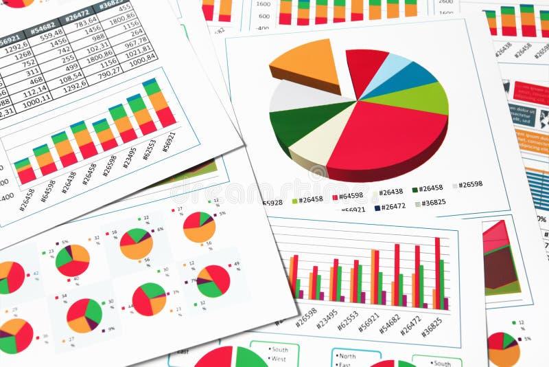 Diagrammes, graphiques et diagrammes de papier image stock