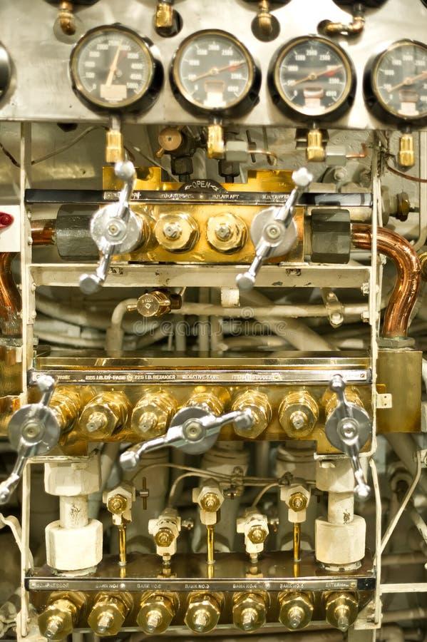 Dials and pressure gauges