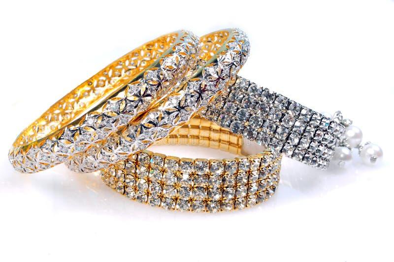 Diamantarmbänder lizenzfreie stockbilder
