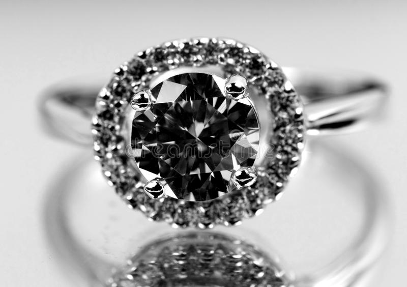 diamantcirkel arkivbild