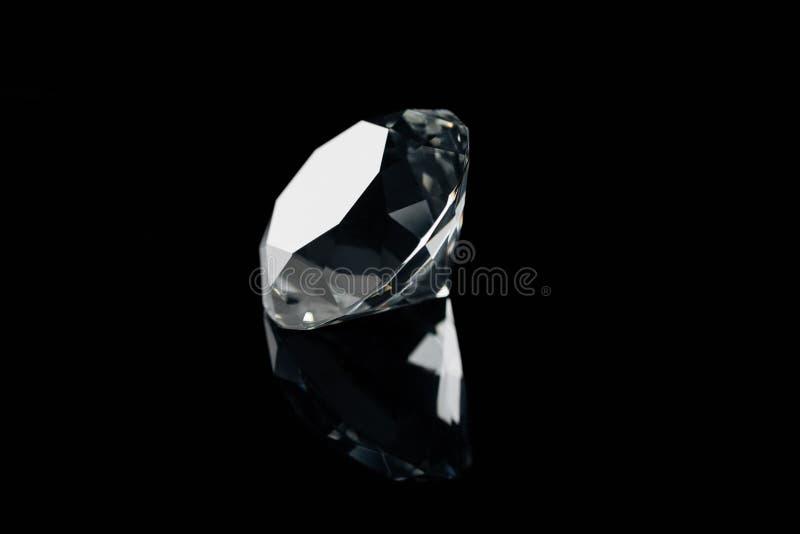 diamante brillante puro con la riflessione immagini stock