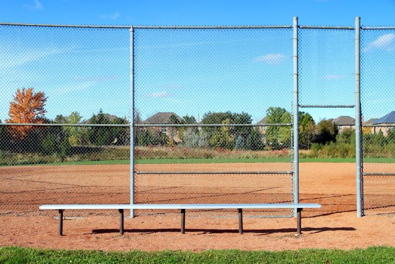 Diamante de basebol suburbano imagem de stock