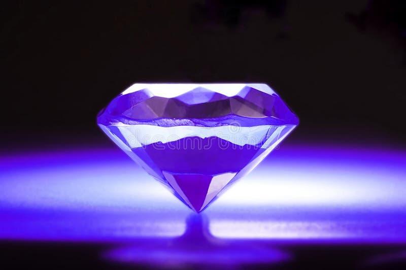 Diamante viola immagine stock libera da diritti