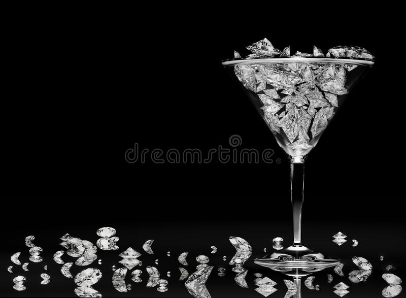 Diamanten in een martini glas stock foto's