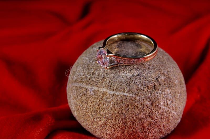 Diamanten ringer arkivbild