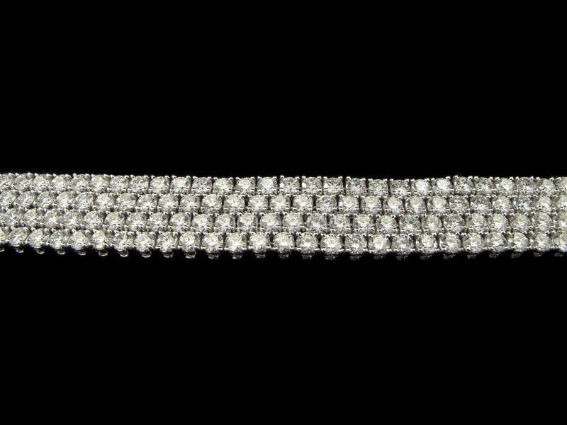 Download Diamantenarmbanden stock afbeelding. Afbeelding bestaande uit naald - 39102221