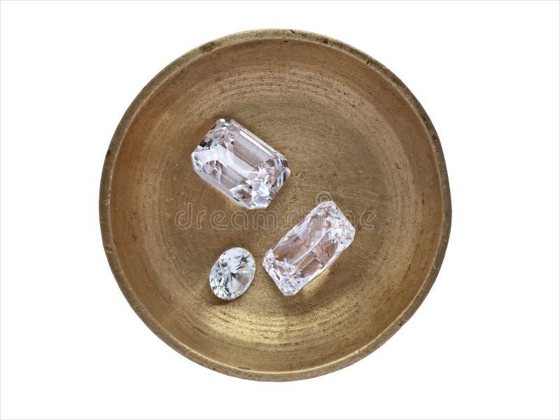 Diamants dans un plateau fonctionnant photo stock