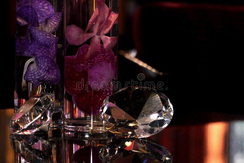 diamants et fleurs photos libres de droits