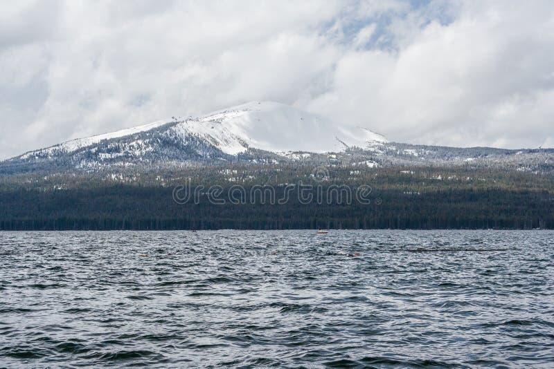 Diamentowy Jeziorny rekreacyjny teren w Oregon usa zdjęcie royalty free
