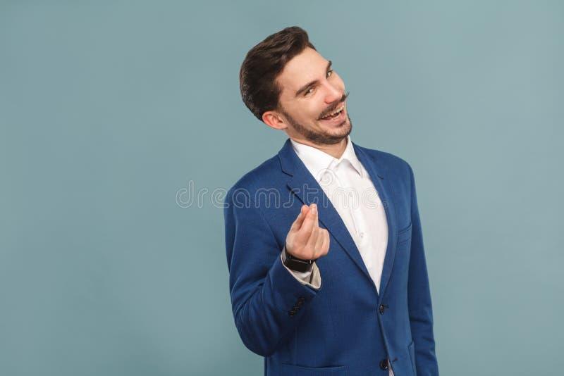 Diami i soldi Sorridere a trentadue denti dell'uomo d'affari sexy fotografia stock libera da diritti