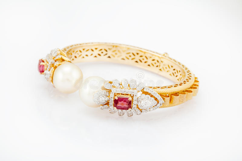 Download Diamond bracelet stock image. Image of white, jewelry - 26939915