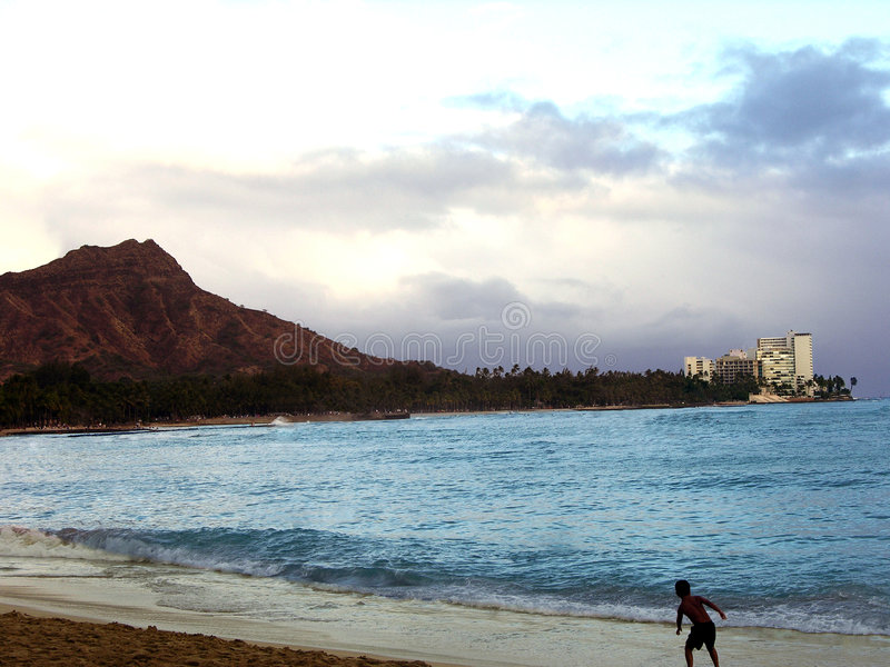 Download Diamond Head And Waikiki Beach Royalty Free Stock Images - Image: 189959