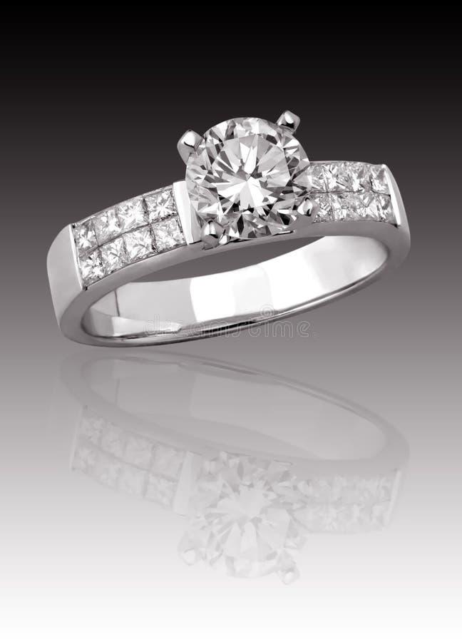 Free Diamond Ring Stock Photos - 11980603