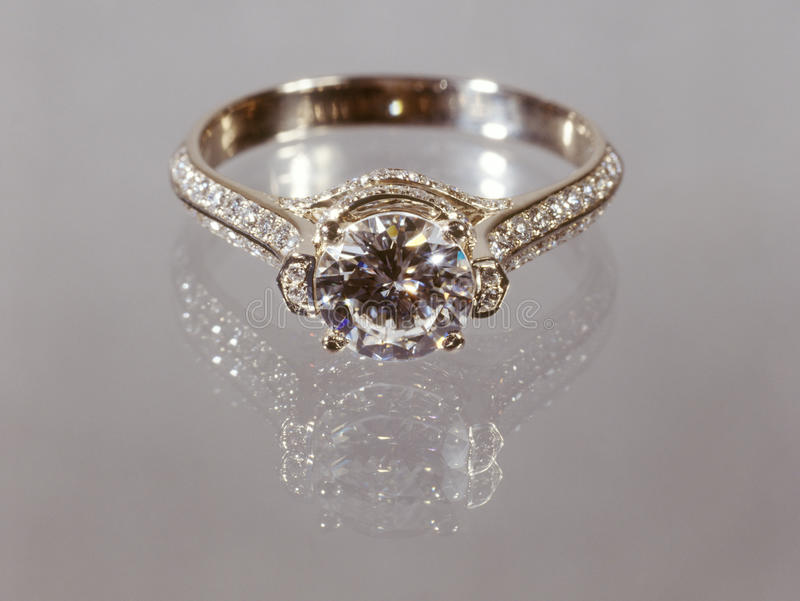 Download Diamond Ring. Royalty Free Stock Images - Image: 19523459