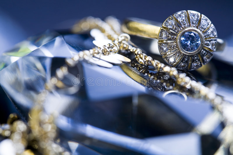 Download Diamond ring stock photo. Image of ring, style, reflections - 6338710