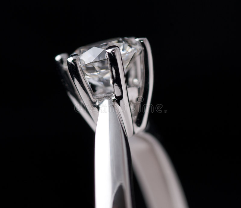 Download Diamond Ring On Black Royalty Free Stock Images - Image: 8940389