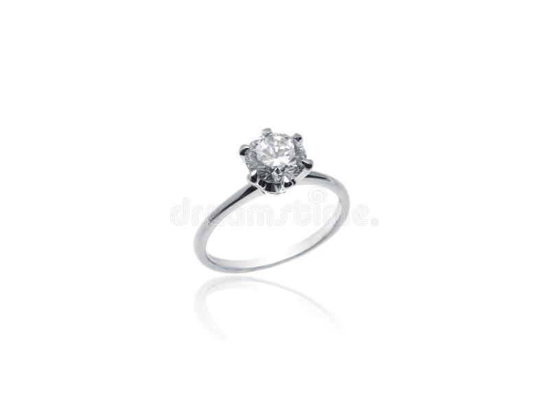 Diamond Solitaire Ring im Platin lizenzfreies stockfoto
