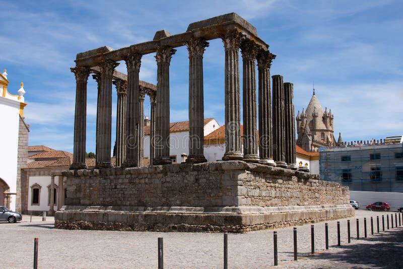 diana evora portugal tempel royaltyfri fotografi